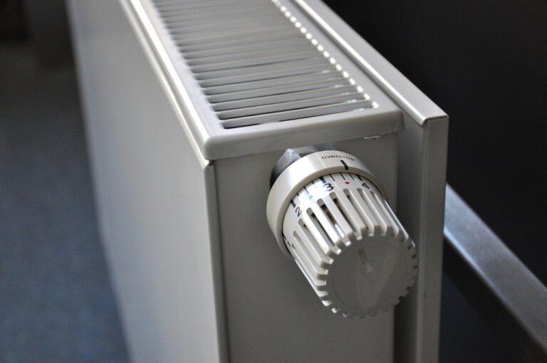 Casa calda, come scegliere radiatori e termosifoni